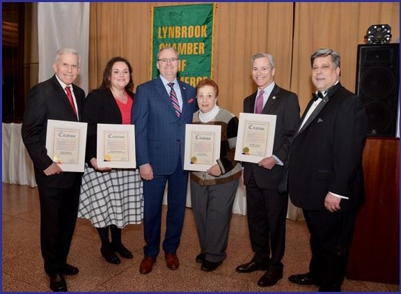 LEGISLATOR GAYLOR ATTENDS LYNBROOK CHAMBER OF COMMERCE INSTALLATION DINNER